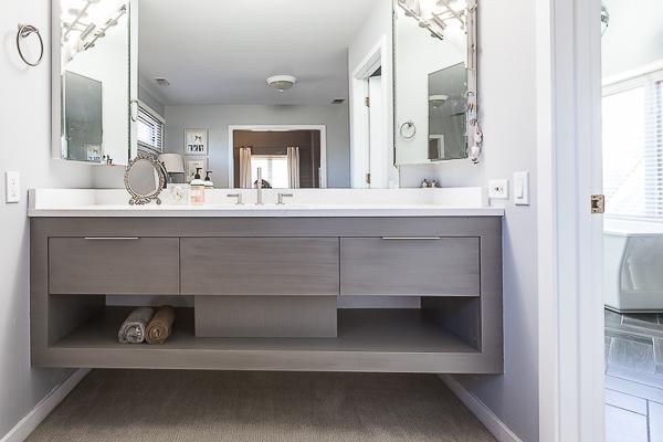 Modern Floating Bathroom Vanity In Elmhurst, Illinois
